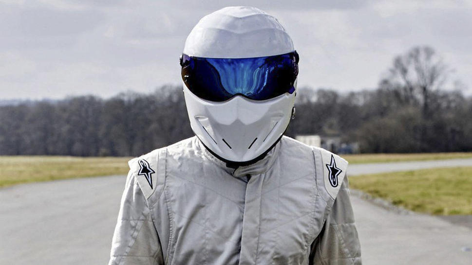 The stig joins top gear exodus 4766 11889 969x727 jpg