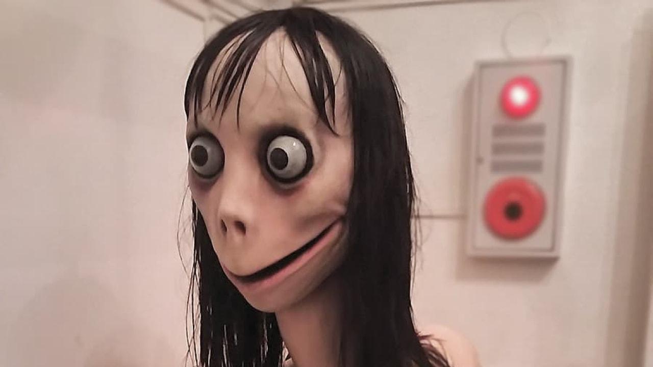 Boneca momo jpg