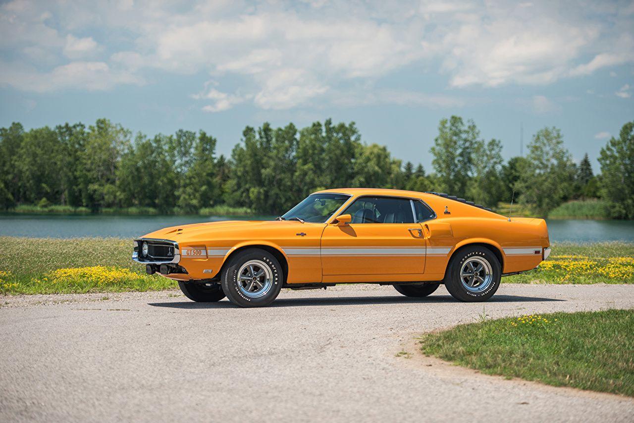 Mustang amarelo jpg